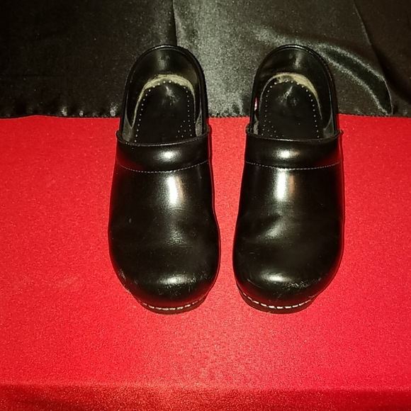 Sanita Shoes   Wide Width Clogs   Poshmark